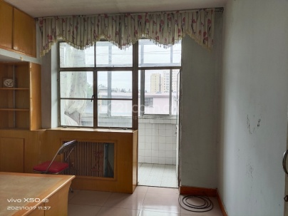 文化馆家属楼 2室 1厅 70平米